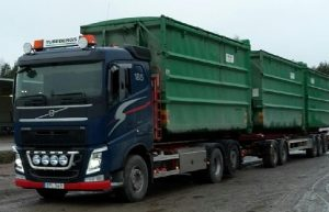 Turebergs bil Ragn-Sells containers